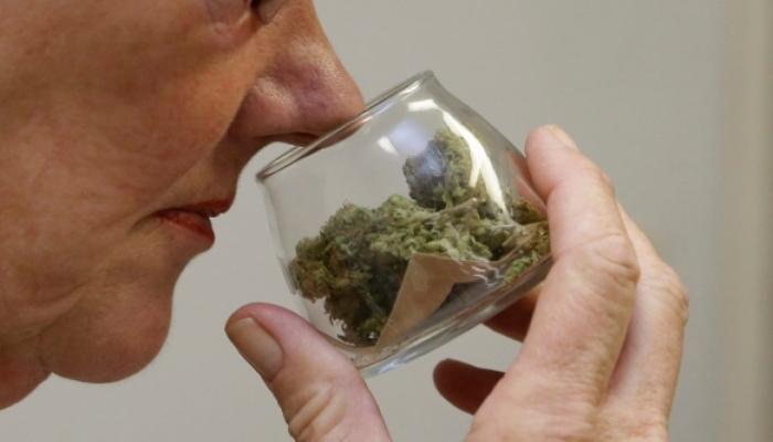Кто имеет право использовать медицинскую марихуану?