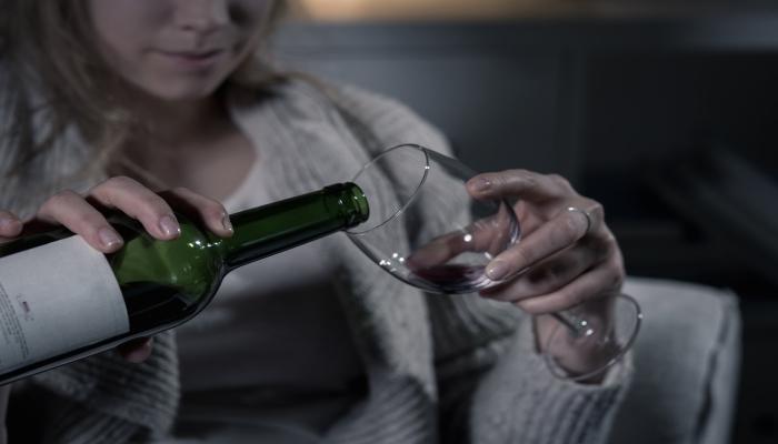 Каннабиноиды и острая алкогольная абстиненция.