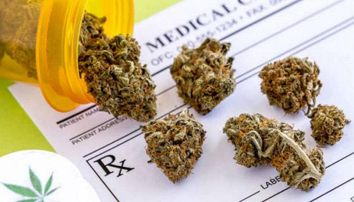 Марихуана замещает рецептурные препараты.