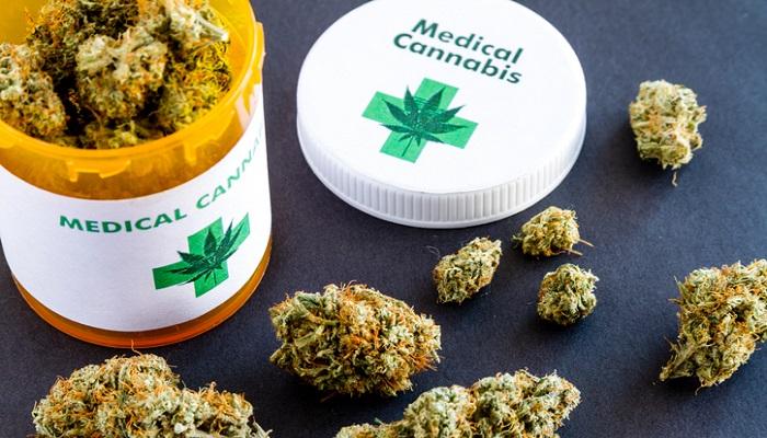 Пациенты открывают для себя линию жизни в лекарственной марихуане