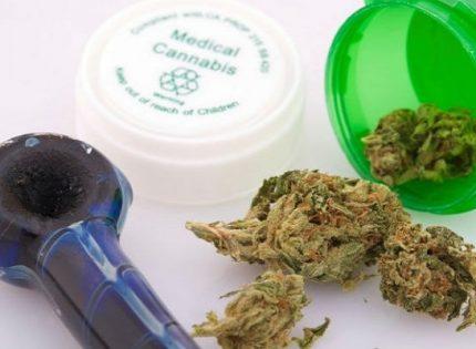 Американцы заявили, что марихуана помогает бороться с ВИЧ